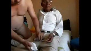 سكس عربي ايطالي نار مع فتاة ينيكها رجل مسن نياك xxx فيديو عربي
