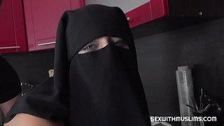سكس منقبات في رمضان منقبة سعودية تتناك من حبيبها المصري xxx فيديو عربي