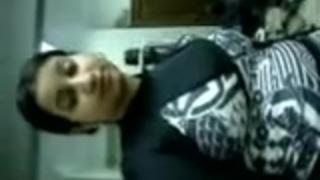 سكس دكتور في العيادة ينيك العيانات عربي xxx فيديو عربي